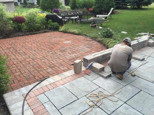 Rivenstone - Bluestone with red clay pavers